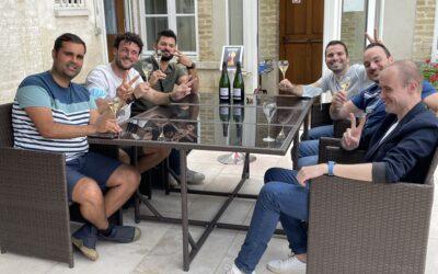 Six amis depuis quinze ans sont venus de Belgique pour se mesurer à notre jeu.